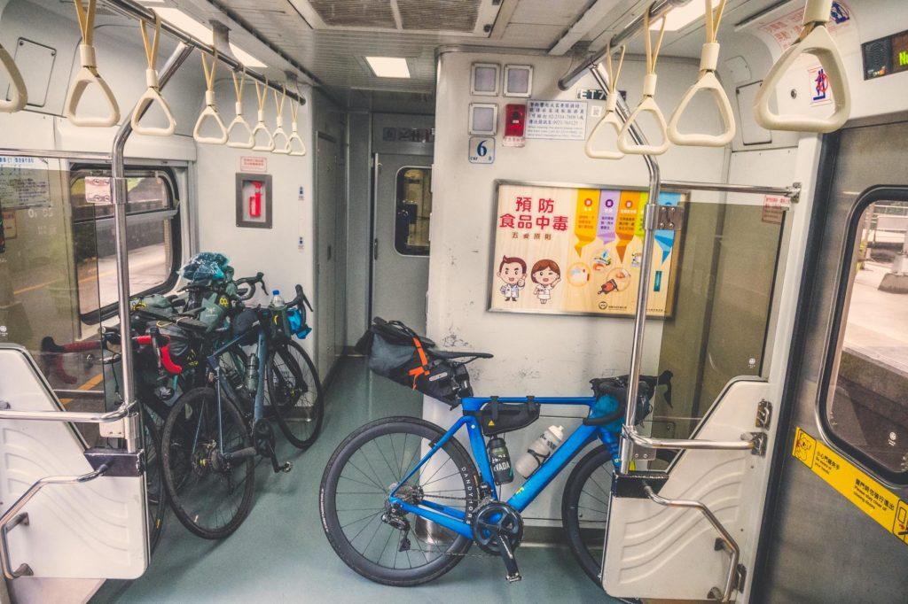 tajwan pociąg rower